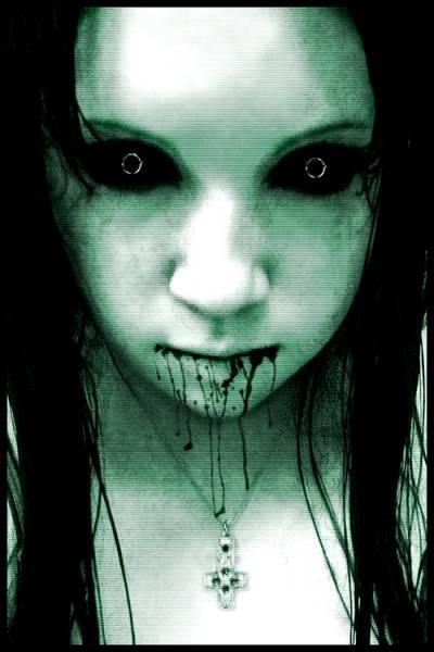Девочка ужас кровь звонок